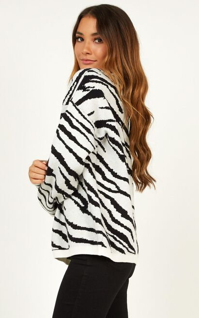 Racing Through Knit Jumper In Zebra Stripe - 14 (XL), White, hi-res image number null
