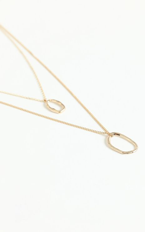 Gold Circles Necklace in Gold