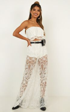 Spirit Dancer Two Piece Set In White Lace