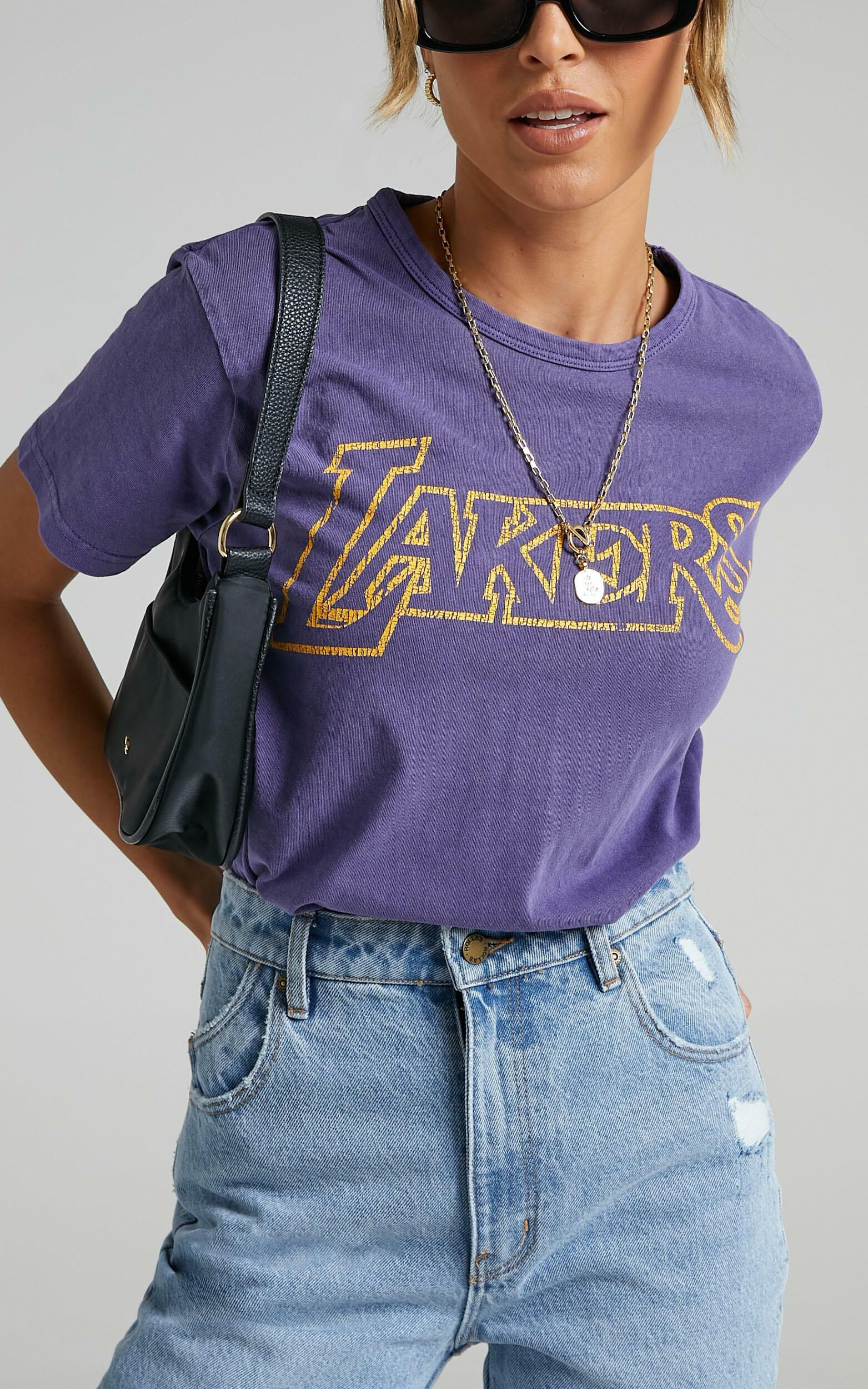 Mitchell & Ness - WMS Vintage Team Logo Tee Lakers in Faded Purple - XS, PRP1, super-hi-res image number null