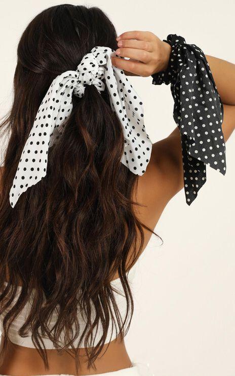 Still Dreaming Scrunchie 2 Pack In Black And White Spot