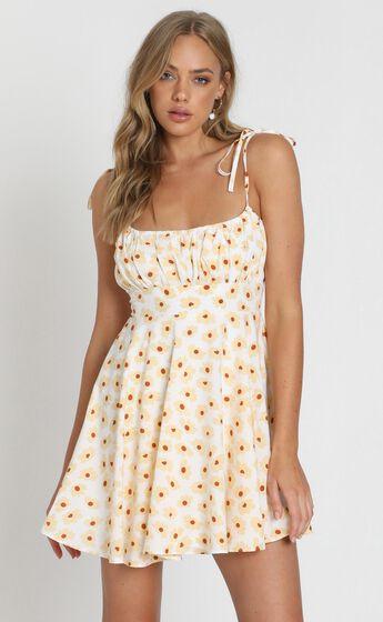 Summer Jam Sweetheart Mini Dress in White Floral