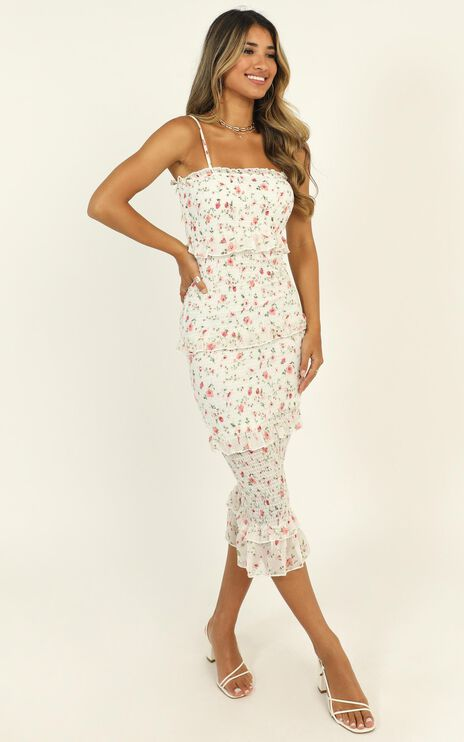 Joy Of Life Dress In White Floral