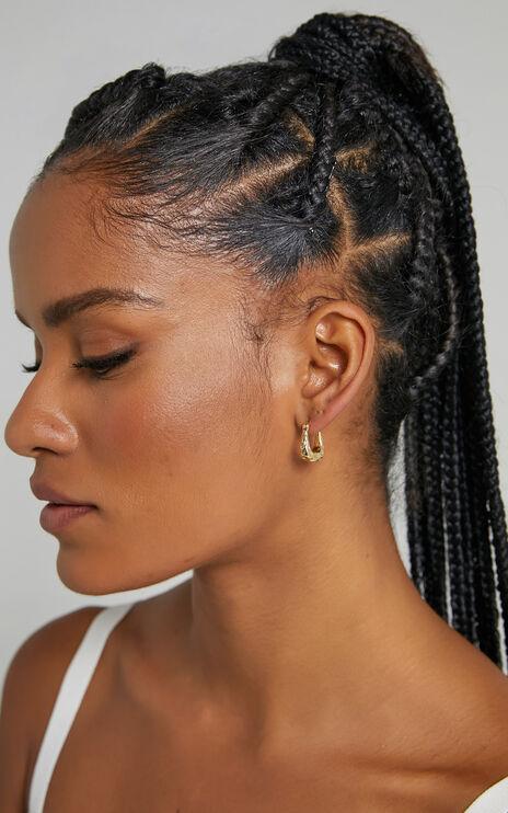 Gracy Earrings in Gold