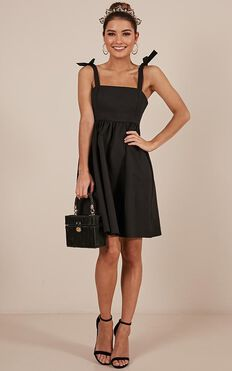 Get The Memo Dress In Black