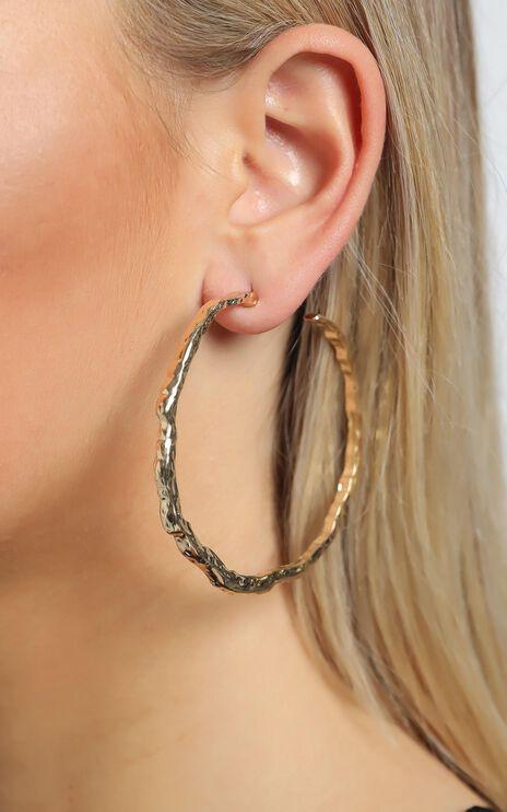Maybelle Earrings in Gold