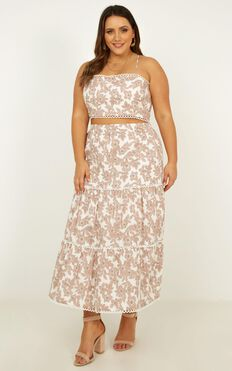 Crop And Go Two Piece Set In Blush Floral