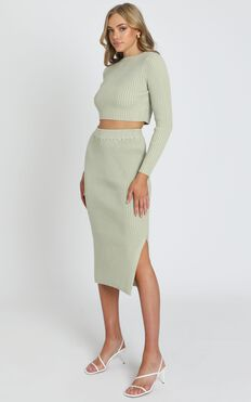 Freya Knitted Two Piece Set in Pistachio