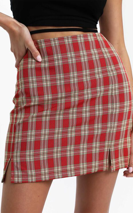 Jana Skirt in Red Check