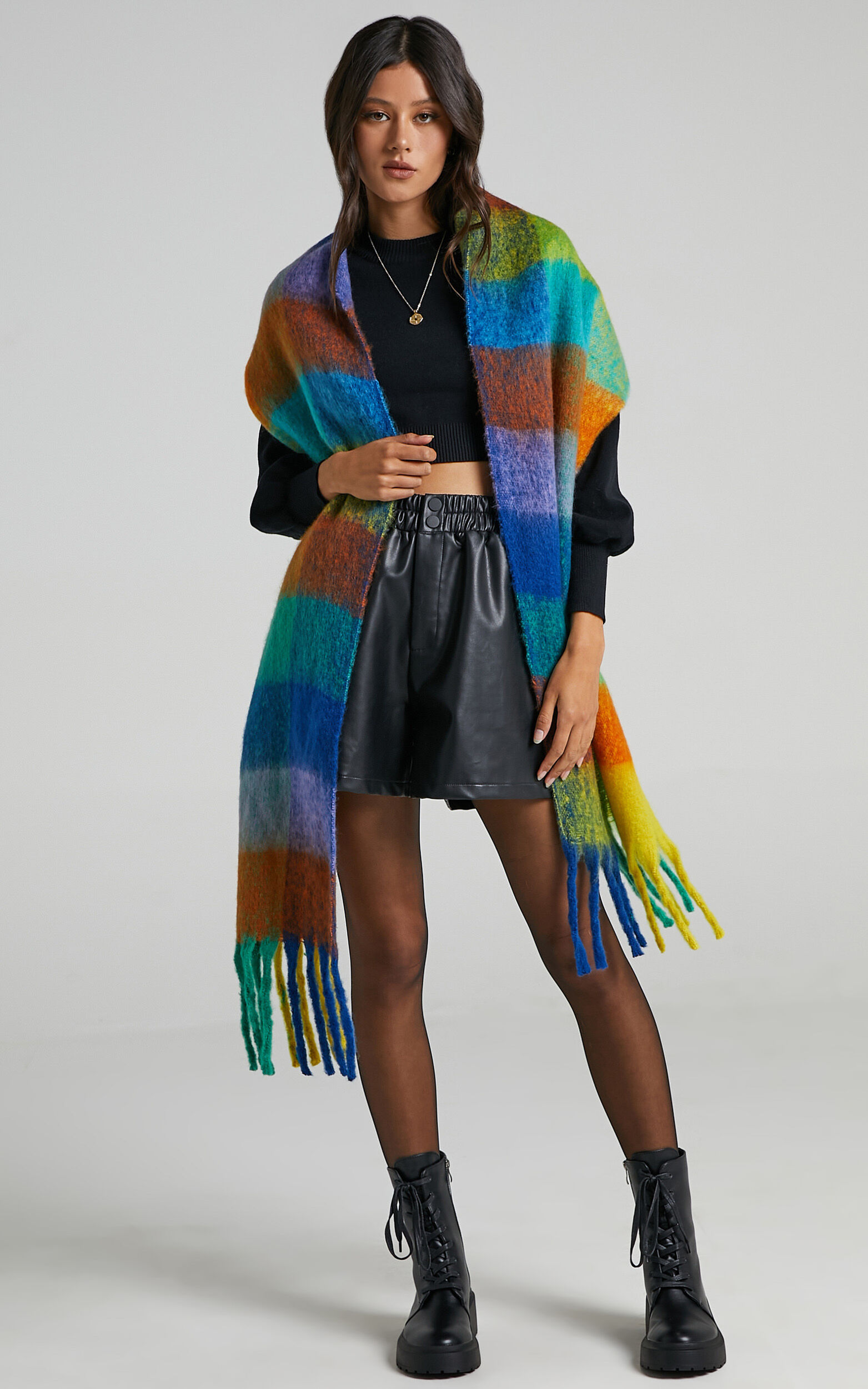 Lindsey Scarf in Bright Multi Check - OneSize, MLT1, super-hi-res image number null