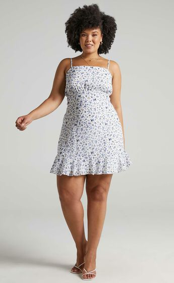 Falling In Love Dress in White Floral