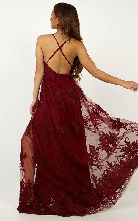 Promenade Maxi Dress In Wine