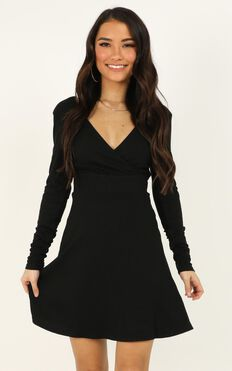 Loving It Right Dress In Black