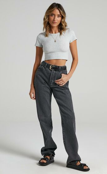 Rollas - Classic Straight Jean in Vintage Black