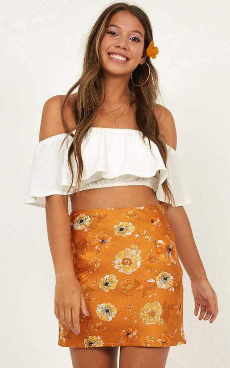 Right Moves Skirt In Mustard Print Satin