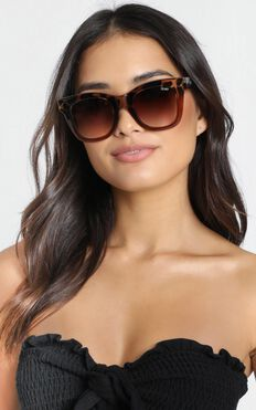 Quay X Chrissy - After Hours Sunglasses In Tort And Brown Lens
