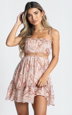 Ive Never Felt Like This Before Dress In Rust Paisley