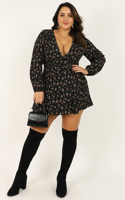 Cute Girl Playsuit in black floral - 20 (XXXXL), Black, hi-res image number null