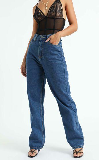 Arielle Straight Leg Jeans in Indigo