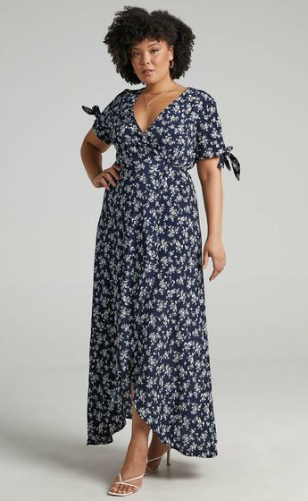 Picking It Up Wrap Maxi Dress in Navy Floral