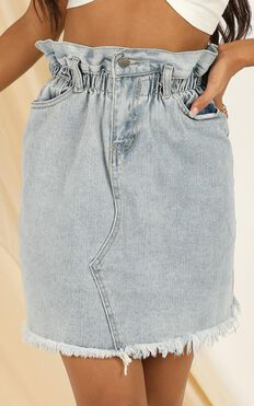 Got The Vibe Denim Skirt In Light Wash