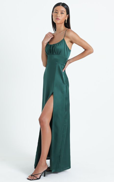 Simply Want You Dress in Emerald
