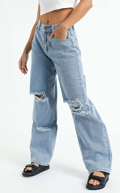Arielle Straight Leg Jean in Stonewash Distressed