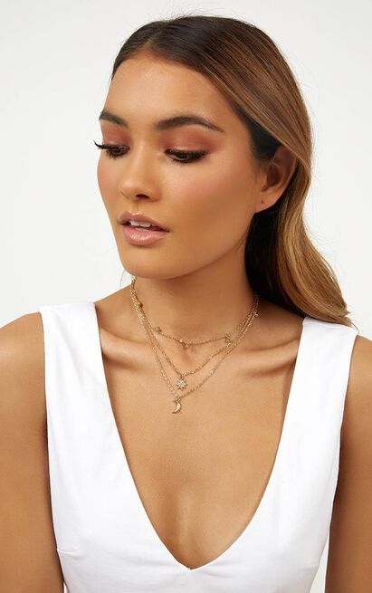 Star Shooter Necklace in Gold, , hi-res image number null
