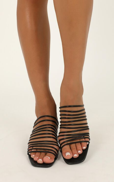 Therapy - Lola Heels In Black