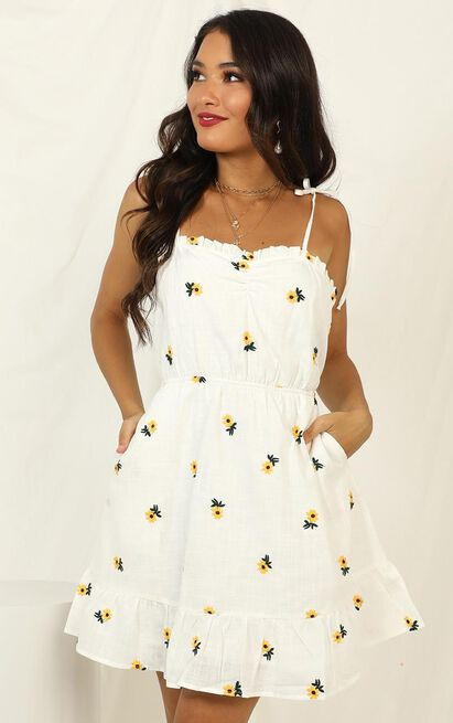 In The Waiting dress in white floral - 12 (L), White, hi-res image number null