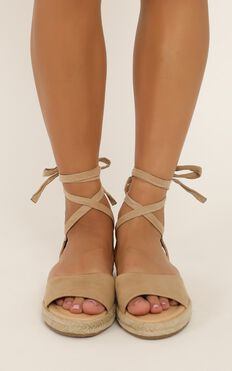 Therapy - Dauphin Sandals In Cashew Micro
