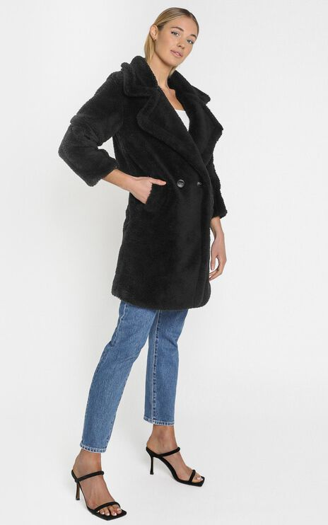 Olwen Coat in Black