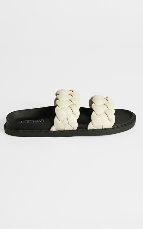 Therapy - Elle Sandals in Cream