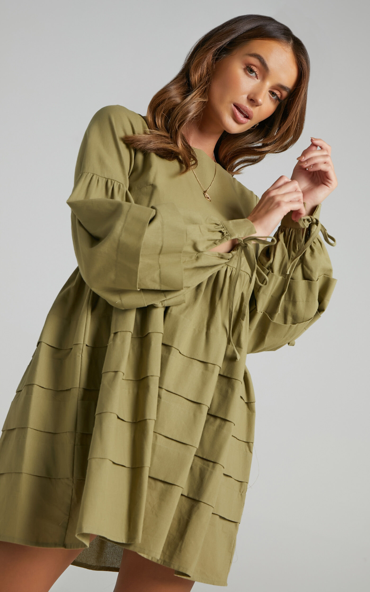 Jefferies Long Sleeve Pin Tuck Dress in Khaki - 06, GRN2, super-hi-res image number null