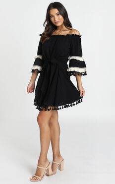 Gianna Trim Detail Bardot Dress In Black
