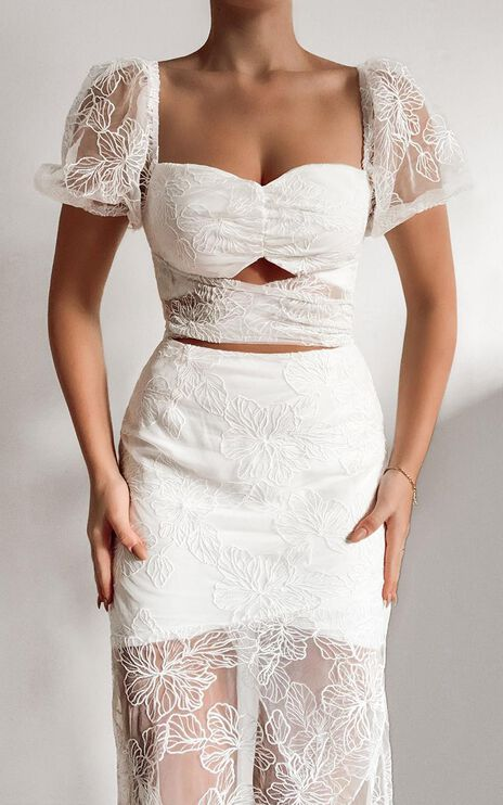 Kamilla Tie Front Midi Dress in White Embroidery