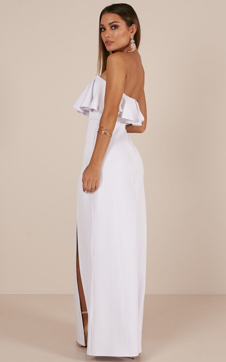 Poets And Lovers Maxi Dress In White