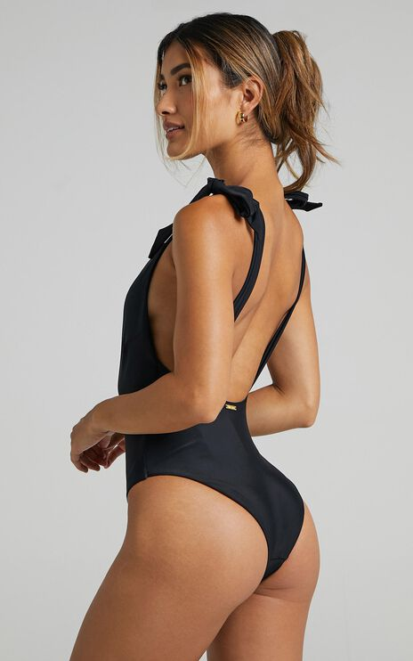 Delaney One piece in Black