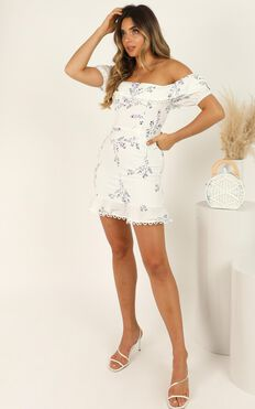 Wishing Hard Dress In White Floral
