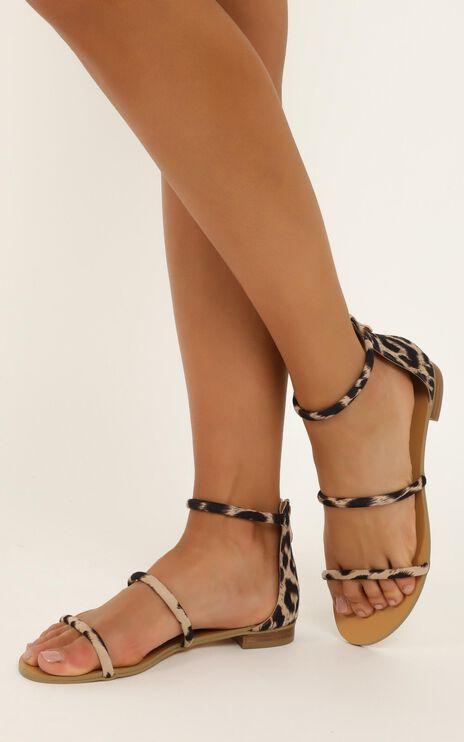 Billini - Unique Sandals in light leopard