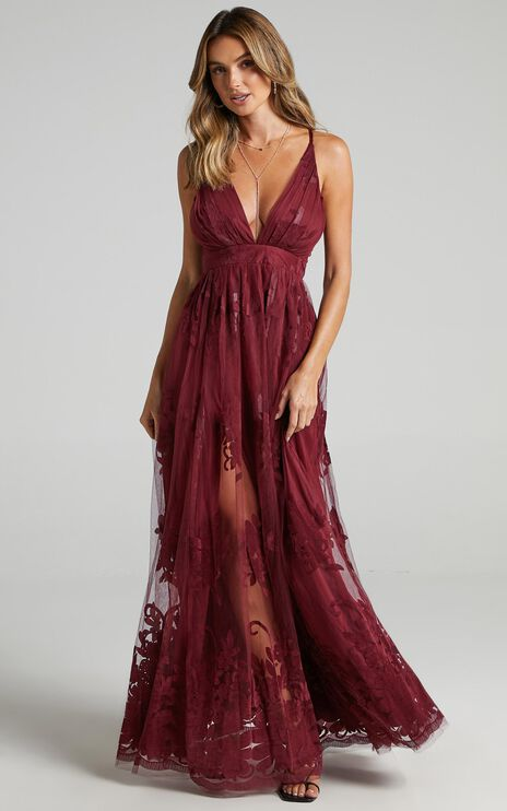 Promenade Maxi Dress In Wine