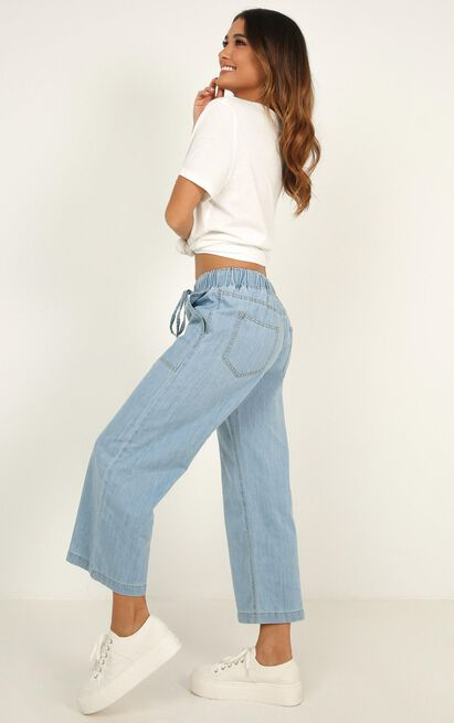 Mayla jeans in light wash denim - 14 (XL), Blue, hi-res image number null
