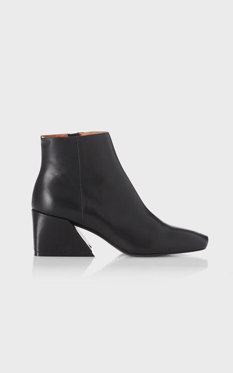 Alias Mae - Dani Boots in Black Burnished