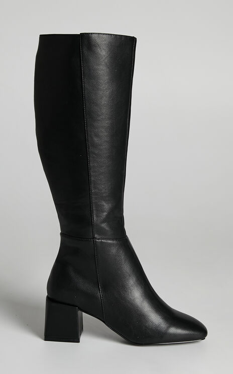 Therapy - Wolf Boots in Black Matte PU