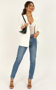Running Thin Blazer In White