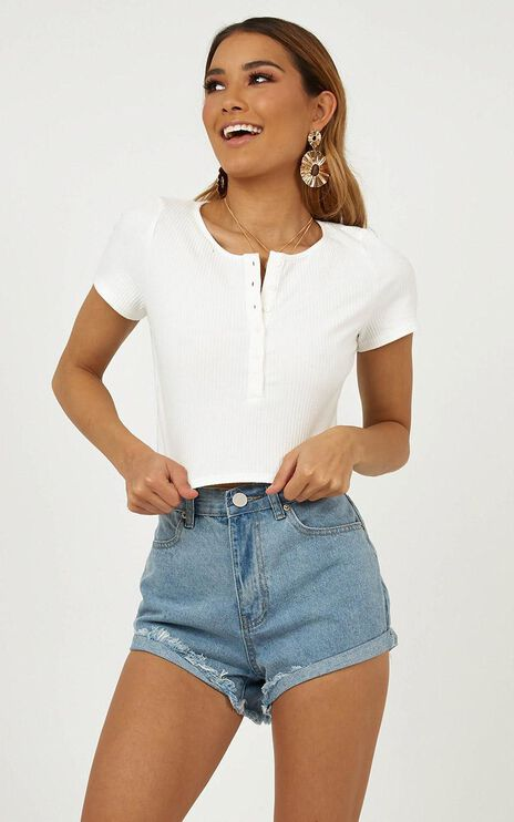 Indecisive Top In White