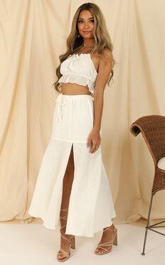 Break The Habit Skirt In White