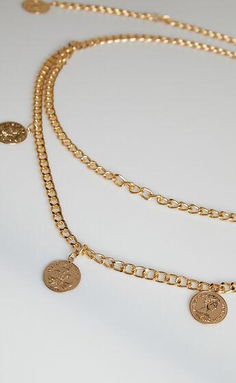 Shelbey Chain Belt in Gold