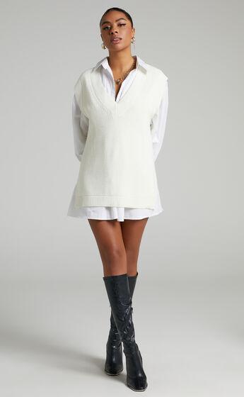 Saira Oversized Knit Vest in Cream