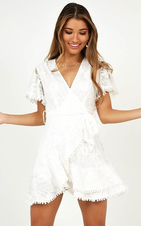 Nostalgic Summer Dress In White Lace